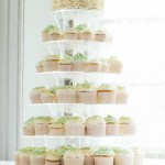 Cupcake tower with table plan