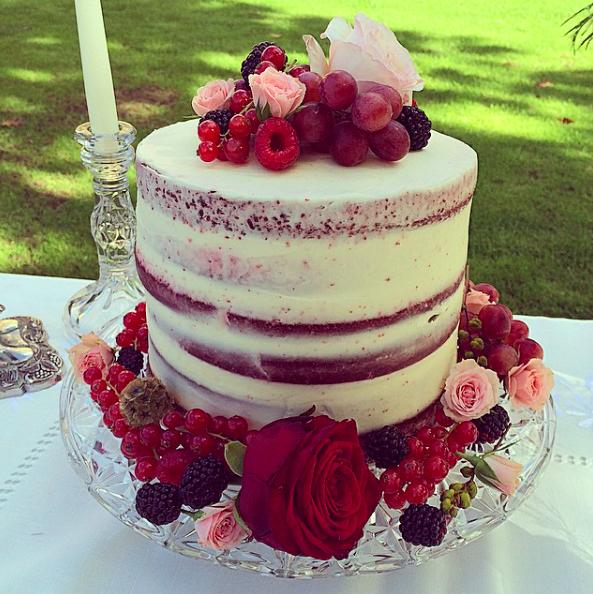 NAKED WEDDING CAKE LONDON